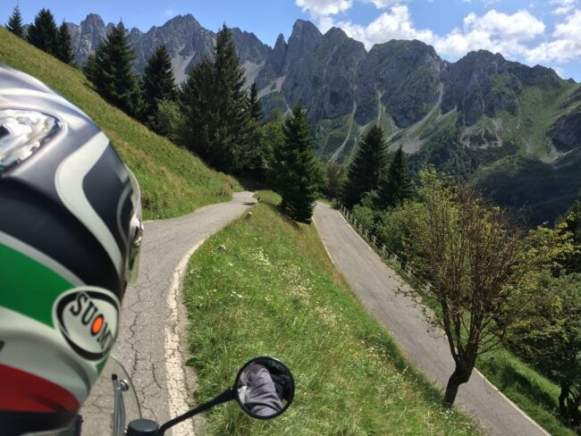 italiainpiega-pieghe meravigliose-itinerari moto nord italia-discesa passo del vivione 2